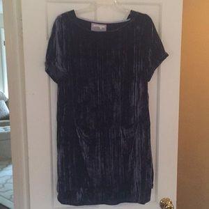 Short sleeved crushed velvet dress